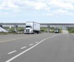 Resienten transportistas por reducción en cruce de productos agropecuarios