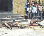 Linchan a 2 presuntos robachicos en Puebla