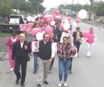 Celebran combate al cáncer de mama