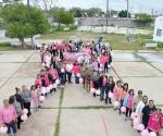 Caminan para concientizar sobre el peligroso cáncer de mama