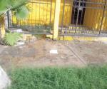 Registran grave fuga de agua limpia en casa particular