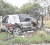 Familia resulta lesionada en percance vial