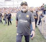 Investigan a Maradona