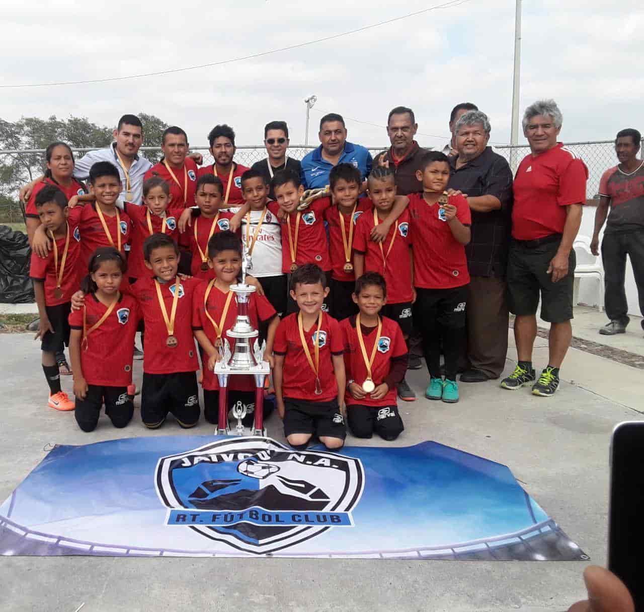 Los nacidos en la Nuevo Amanecer representaron a la Liga Municipal Universitaria Futbol.
